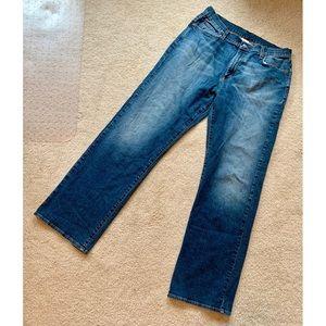 """Lucky Brand men's jeans 34"""" waist"""